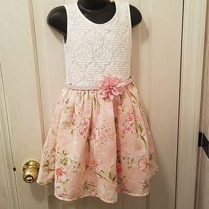 Little Girls Sleeveless Dress Light Pink w/ Belt S